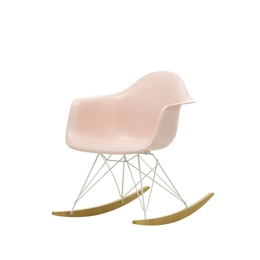 Le meilleur du design fauteuil rar bascule vitra charles for Fauteuil bascule eames prix
